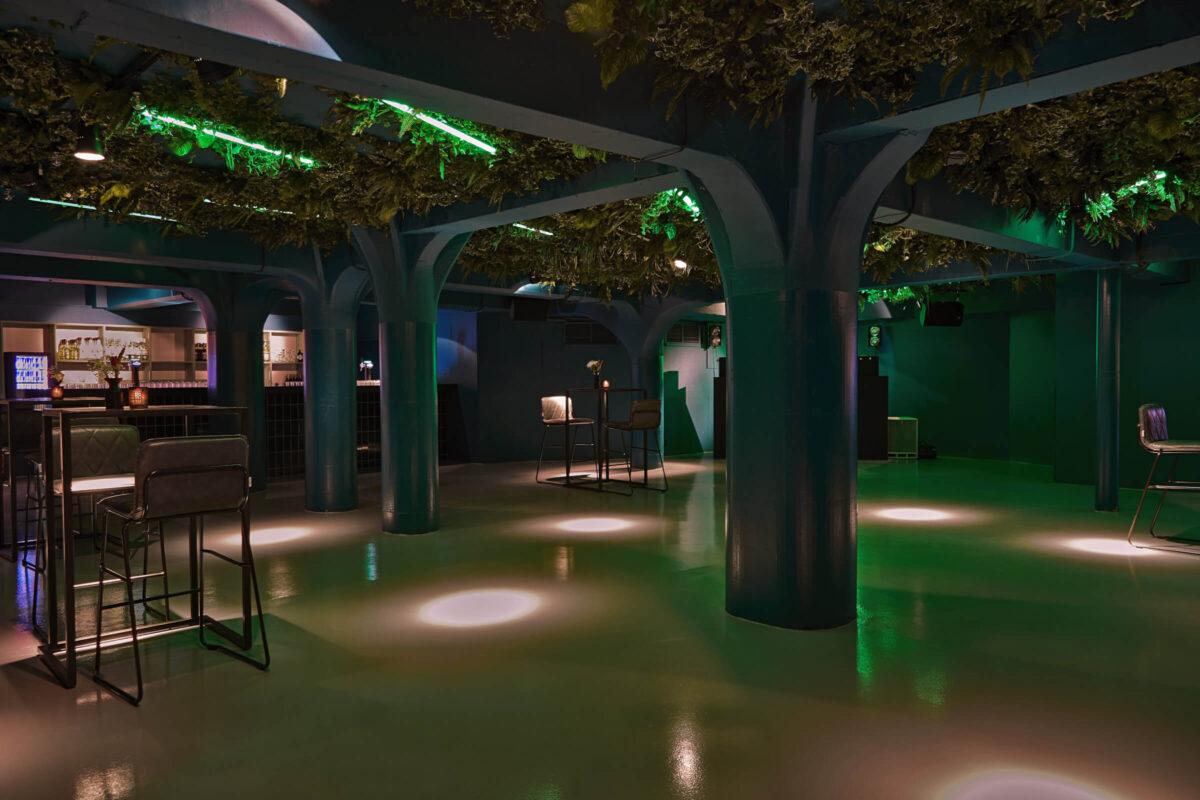 In zalencentrum en eventlocatie Gooiland kun je de club gebruiken om een discosfeer voor je event te creeeren-min