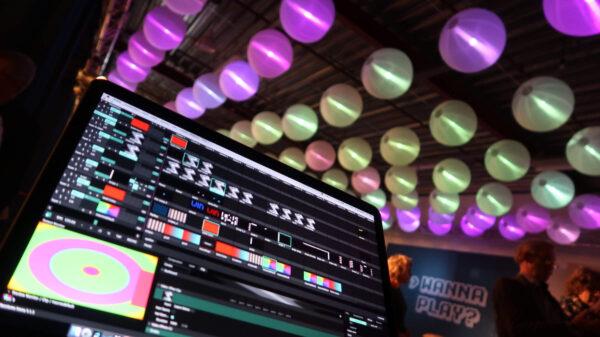 Gespot: De traditionele lampion als modern, technisch pronkstuk op je event