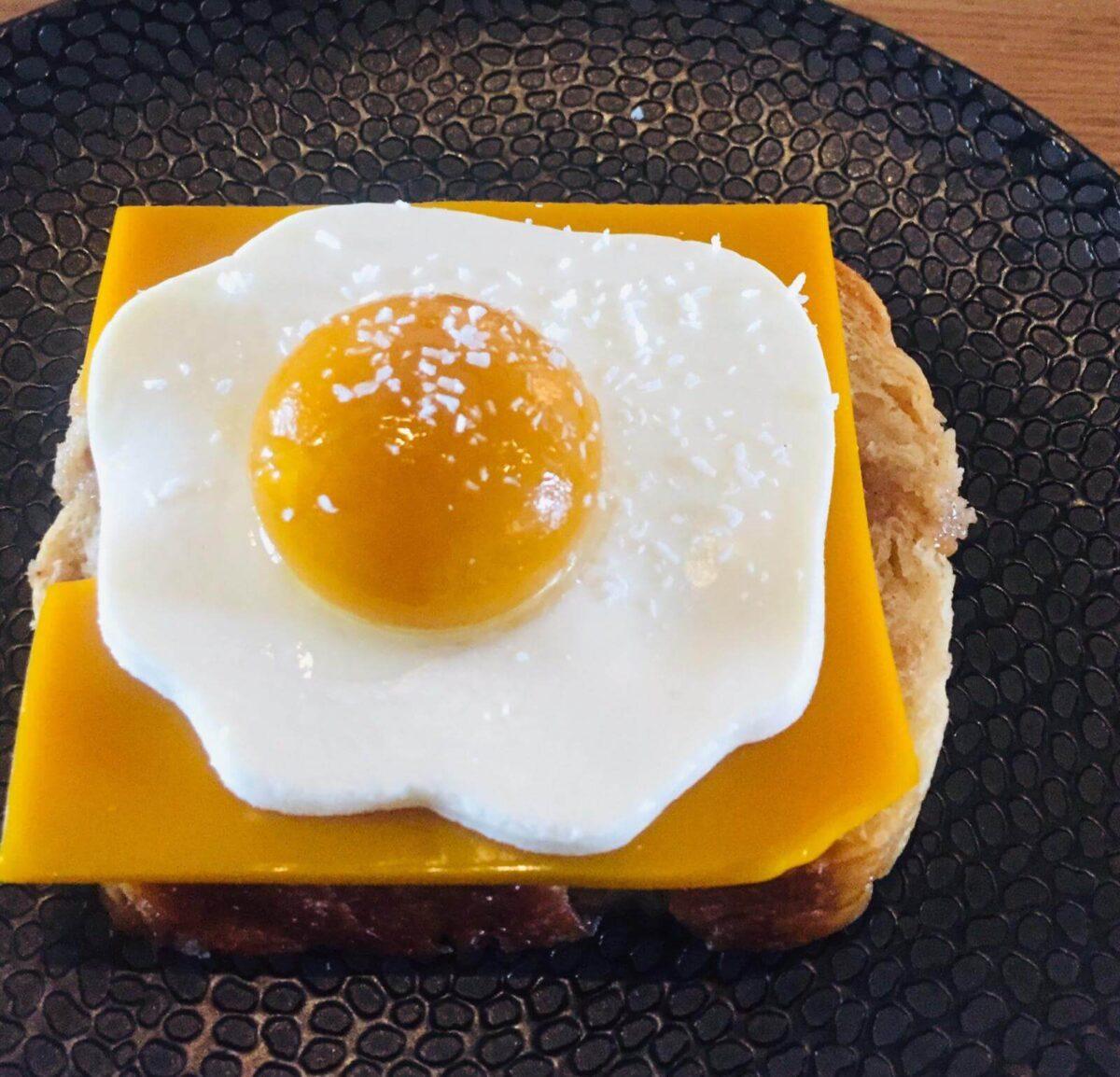 Het perfecte eitje volgens gastblogger Maurine, is een moleculair bereid dessert