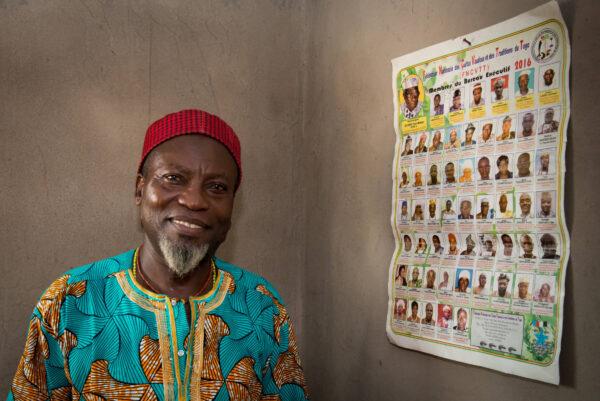 Voodoo priester Massanh nam Jitske mee op reis door het ritme en de energie van voodoo in Togo