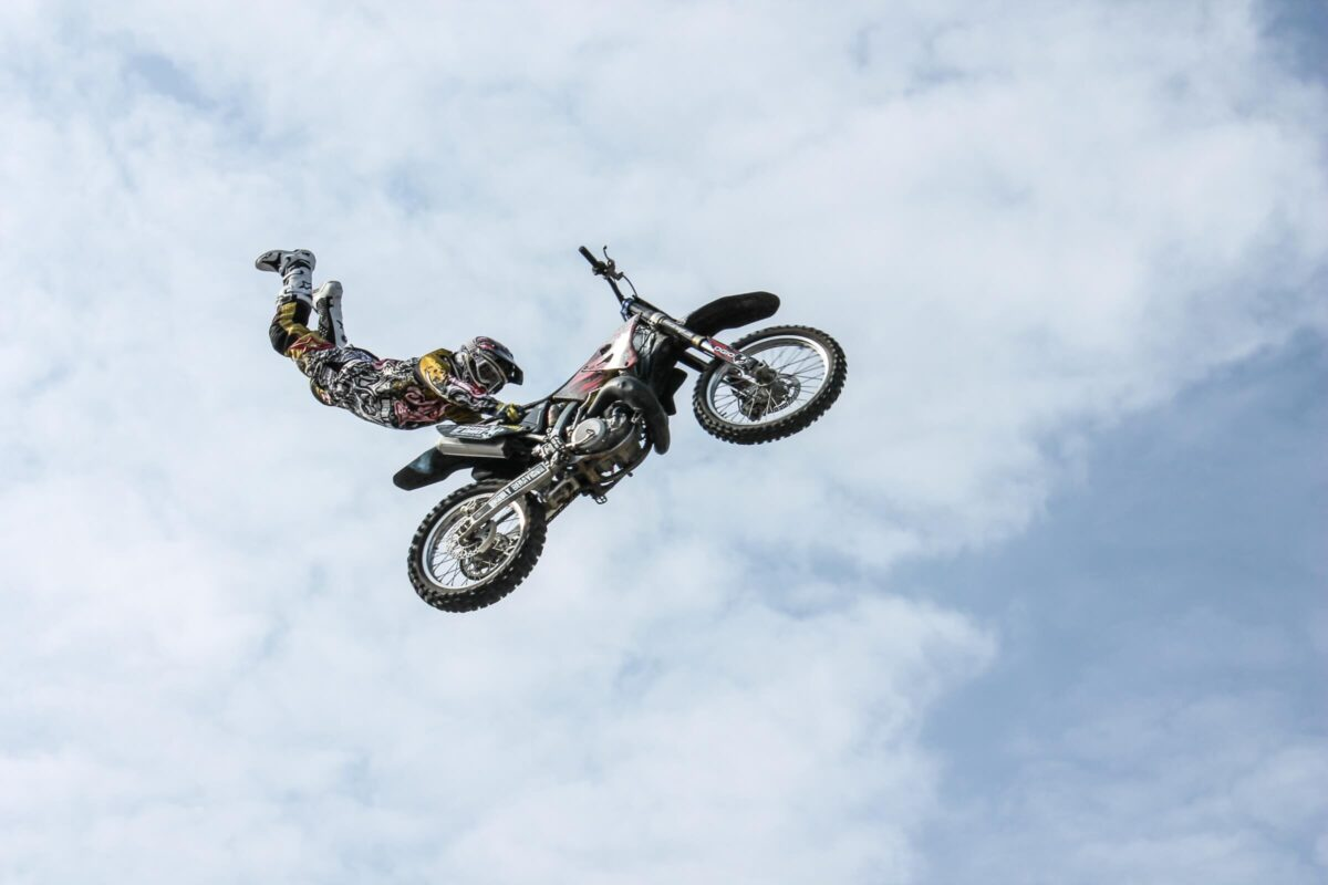 Publiek betrekken bij een spectaculaire stunt gebeurt dit jaar op de zwarte cross