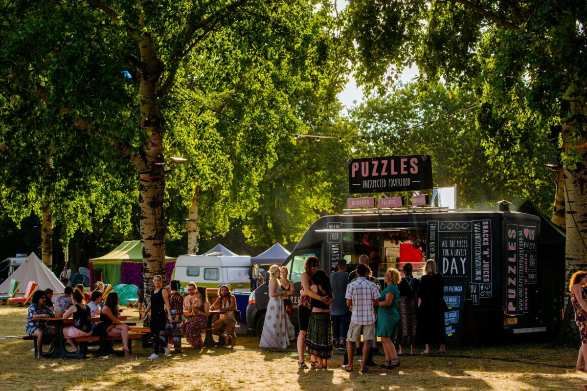 Mandala Festival foodtruck tentjes overnachting Mark Richter
