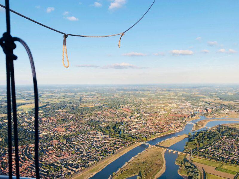event inspiration | 08-Sunrise-Ballooning-Skydining-luchtballon (1)