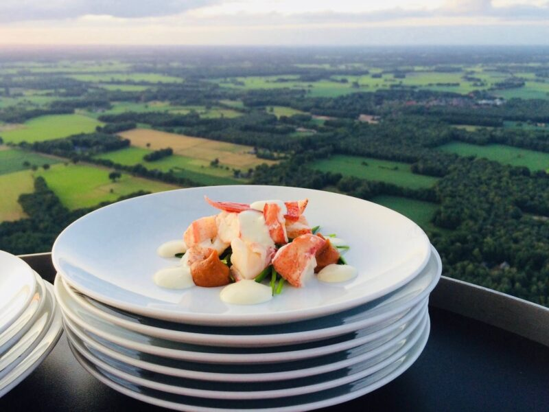 event inspiration | 12-Dineren hoog niveau-Luchtballon restaurant-Skydining-Schmeinck (1)