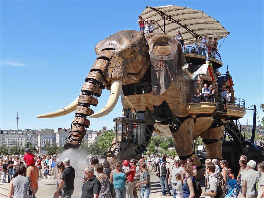 La machine - frankrijk - design - entertainment - 3
