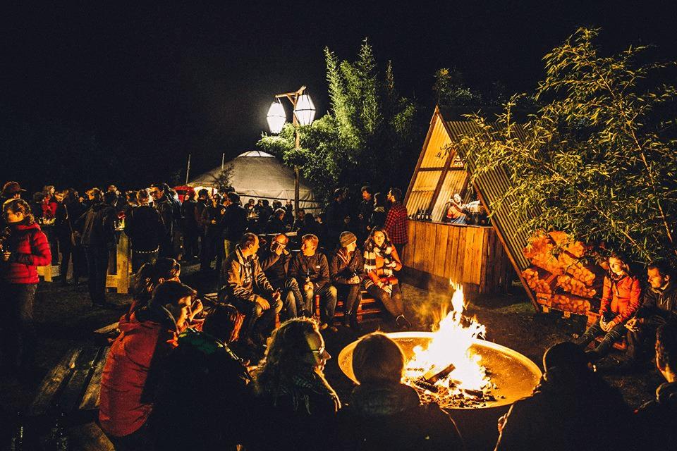 event inspiration | netl | locatie | gespot Event rond kampvuur