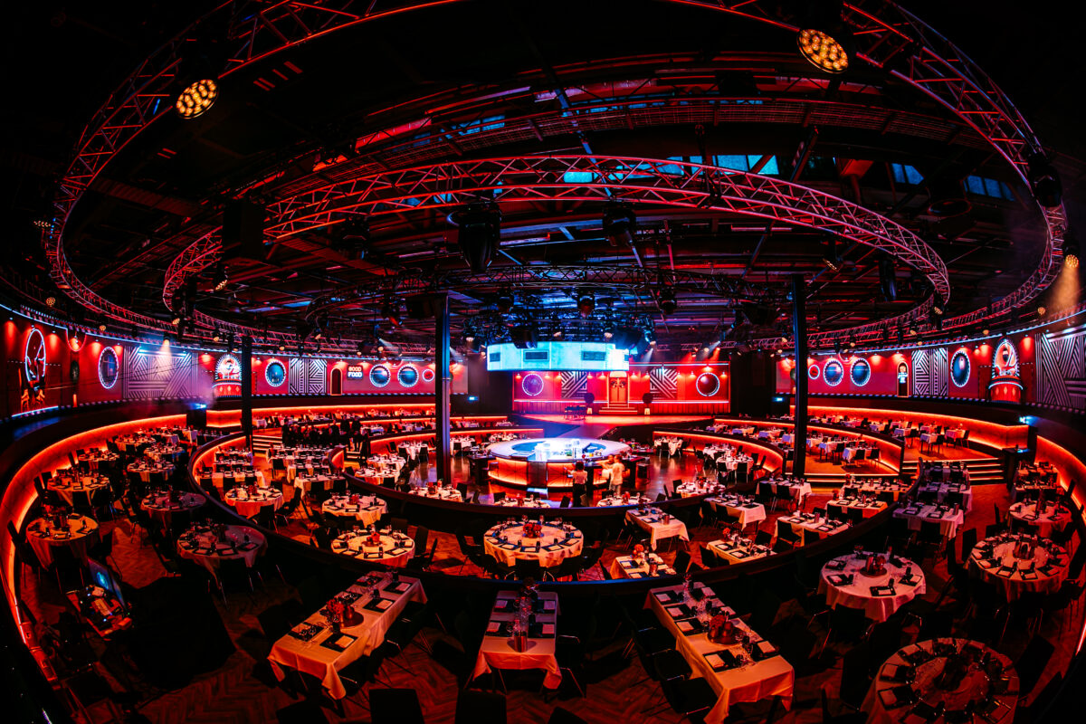 studio 21 - dinner show - locatie - NATHANREINDS-MadameJeanette