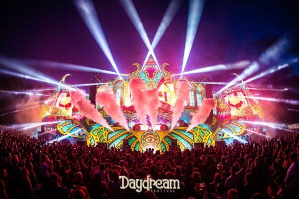 daydream - stage - festival - design
