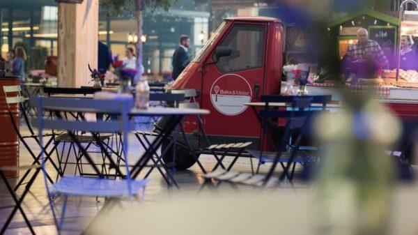 locatiemanager - Bakx & Meijer - rode foodtruck