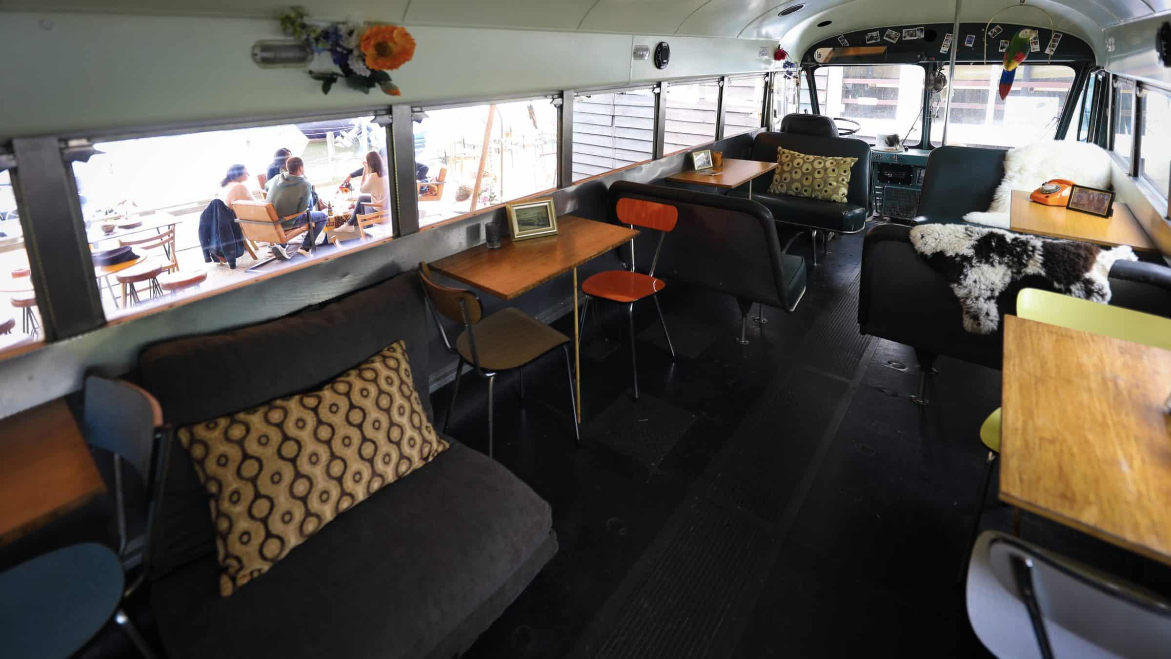 Het Rijdend Avontuur - interieur bus