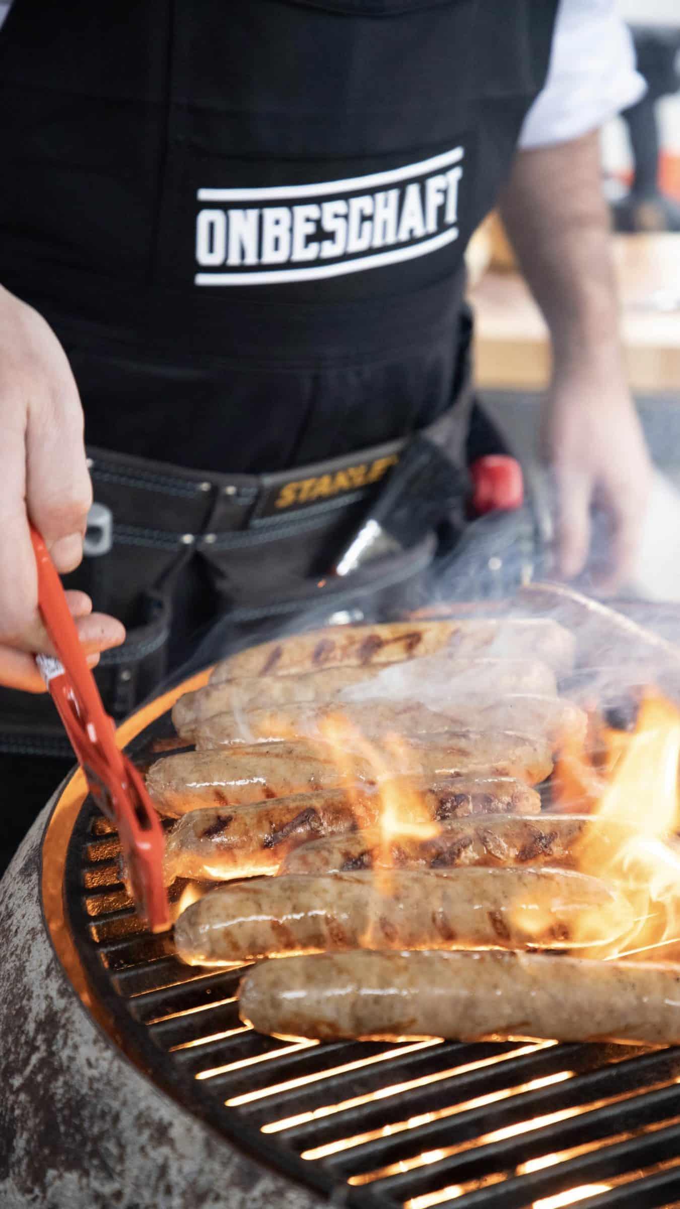 BBQ - vuur - tang - Onbeschaft