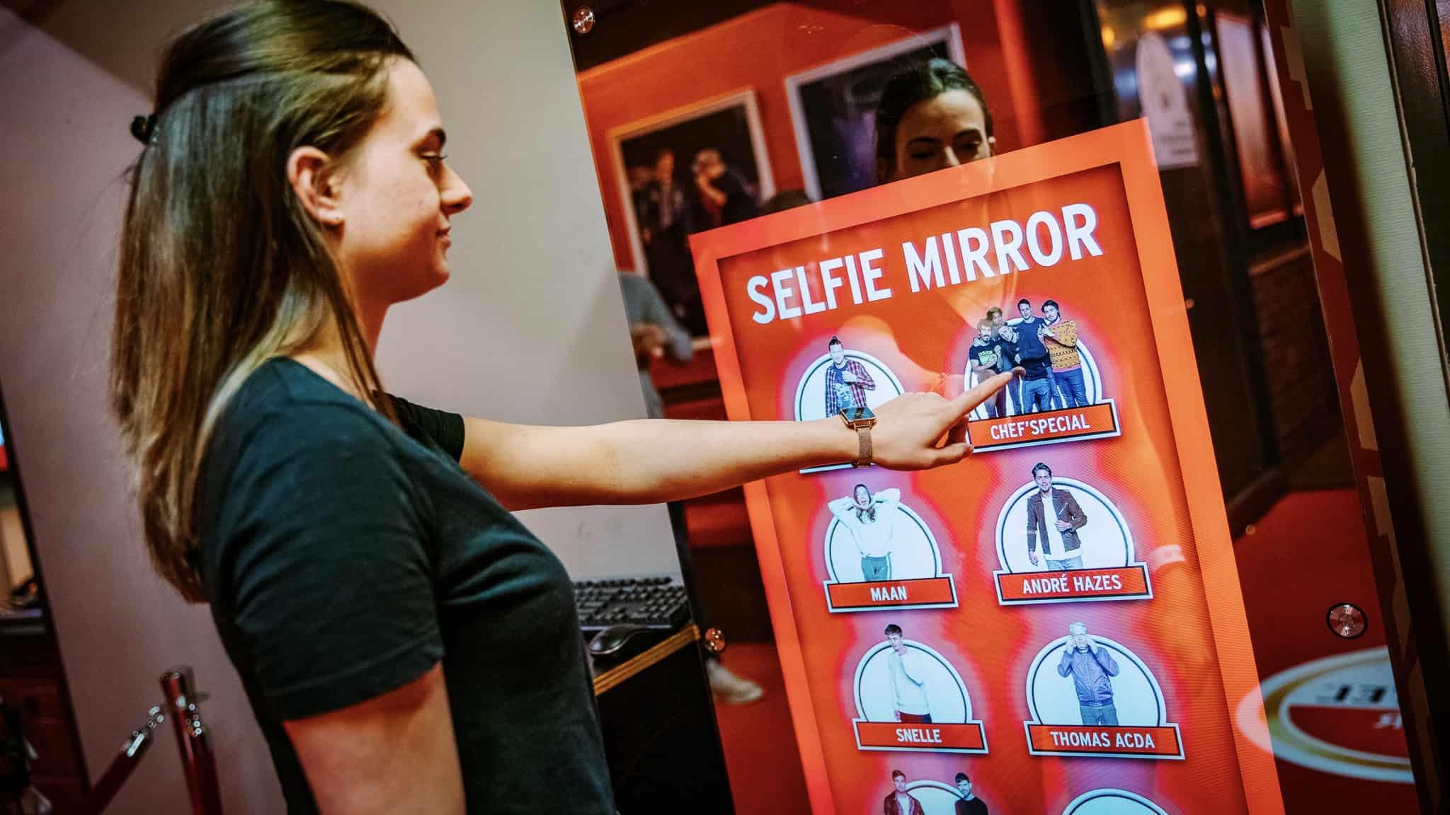 Selfie Mirror - Interactive Concept