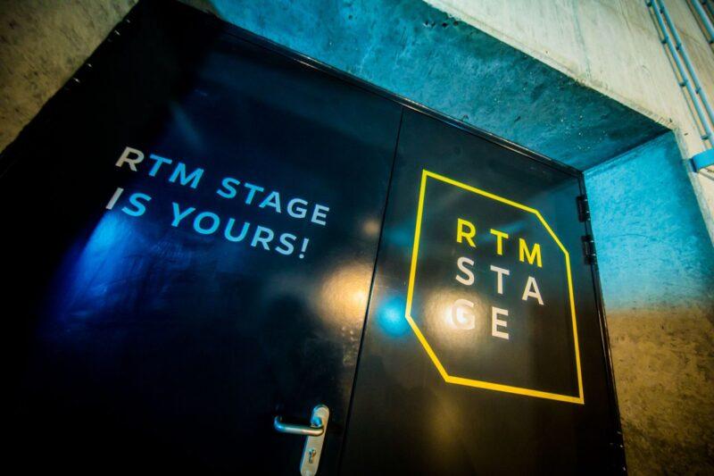 Deuren naar RTM Stage Ahoy