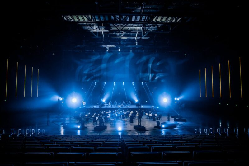 RTM Stage Ahoy met orkest op podium