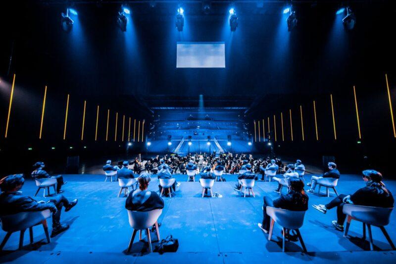RTM Stage Ahoy met publiek op 1,5 meter tijdens concert orkest