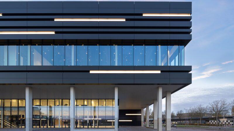 Rotterdam-Ahoy-Convention-Centre-Exterieur-