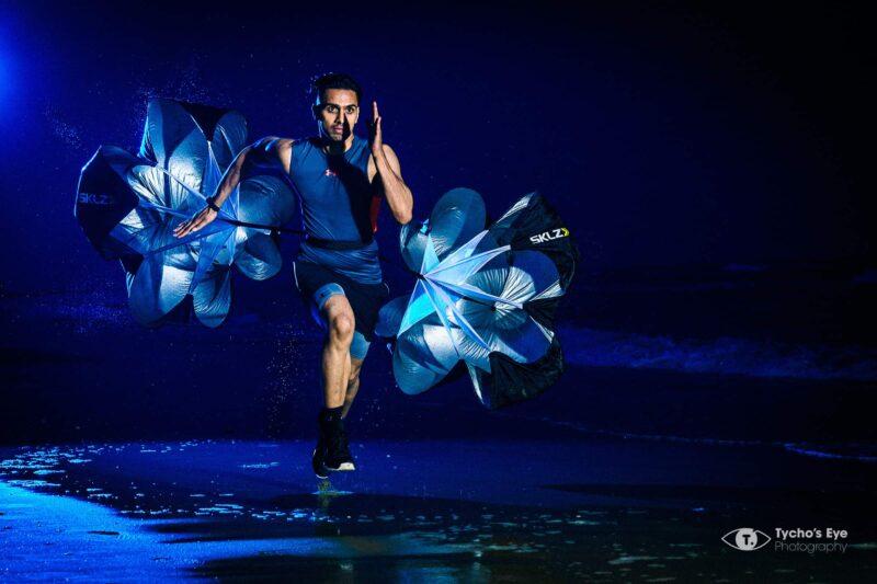 Tycho's Eye Photography - communication - fotograaf - events - productfotografie - event fotografie - zakelijke fotografie - sport fotografie - sportrait - fitness - Tabrez - parachute
