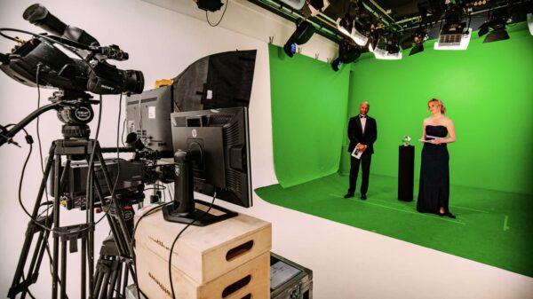 Behind the scenes awards - green wall - Nathan Reinds - Humberto Tan - presentatie - online event - studio