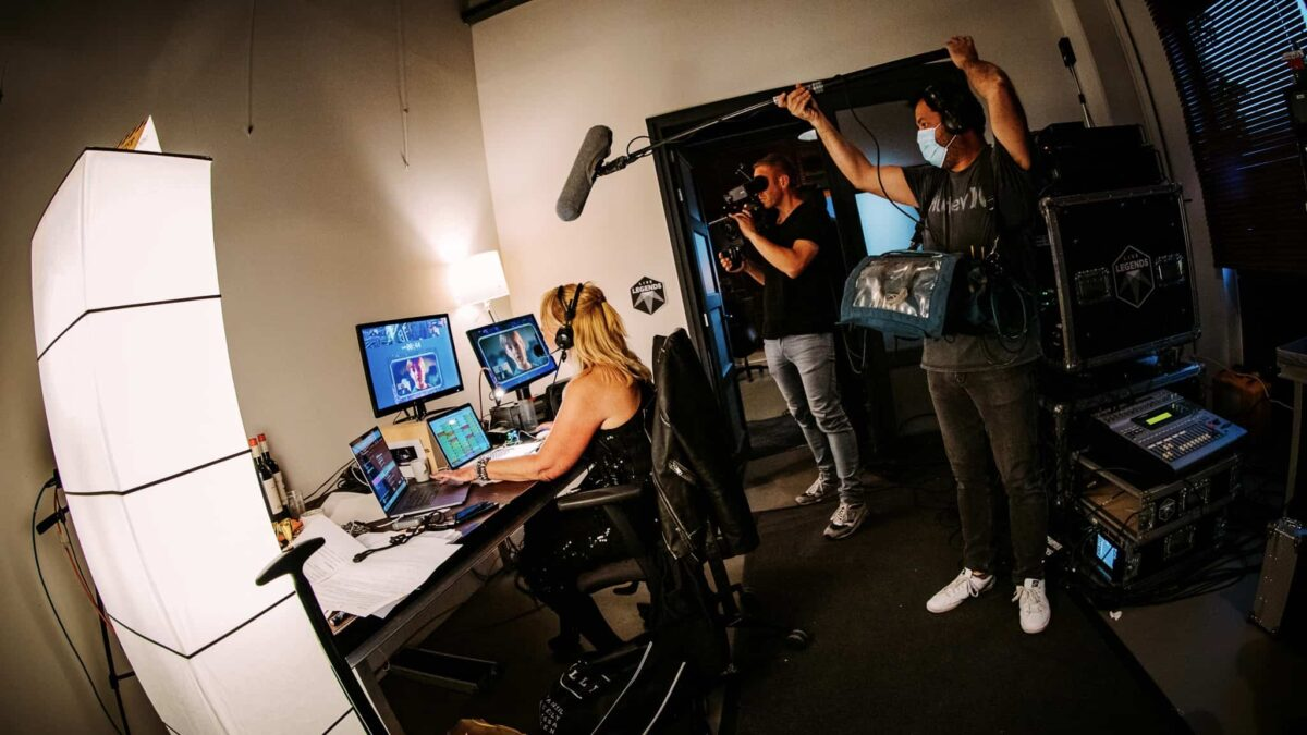 Behind the scenes awards - controlroom - regisseur - online event - stagemanagers - Nathan Reinds