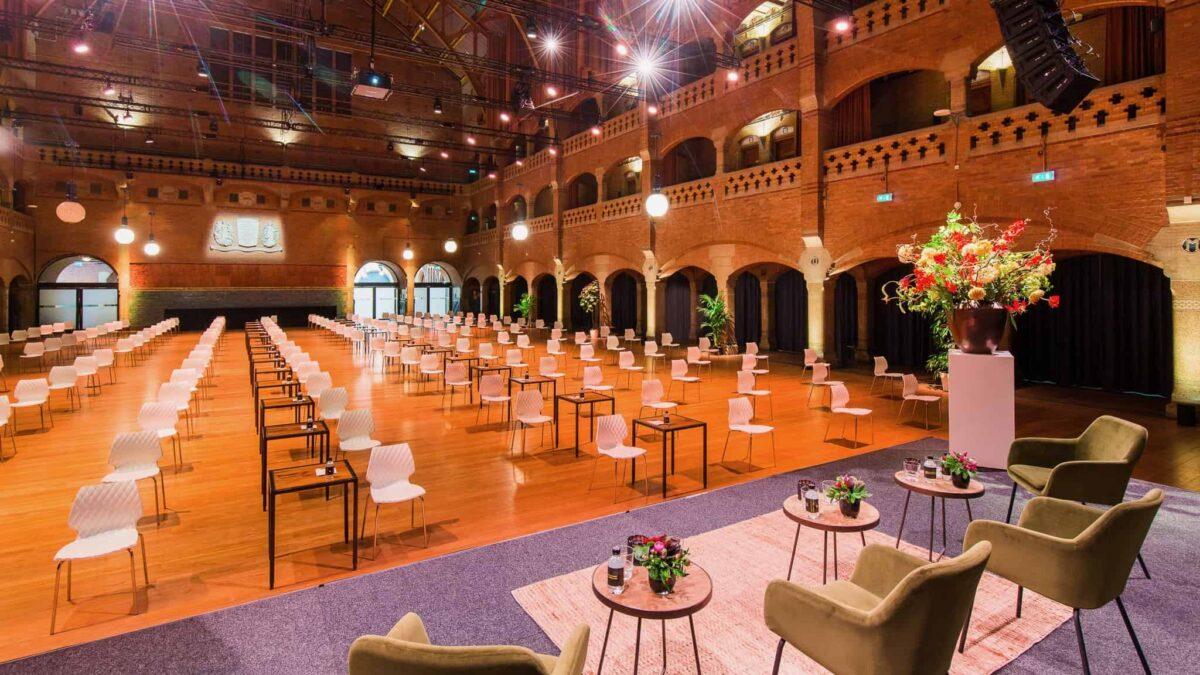 Event Inspiration - Grote zaal voor safe meetings coronaproof bijeenkomsten bij Beurs van Berlage
