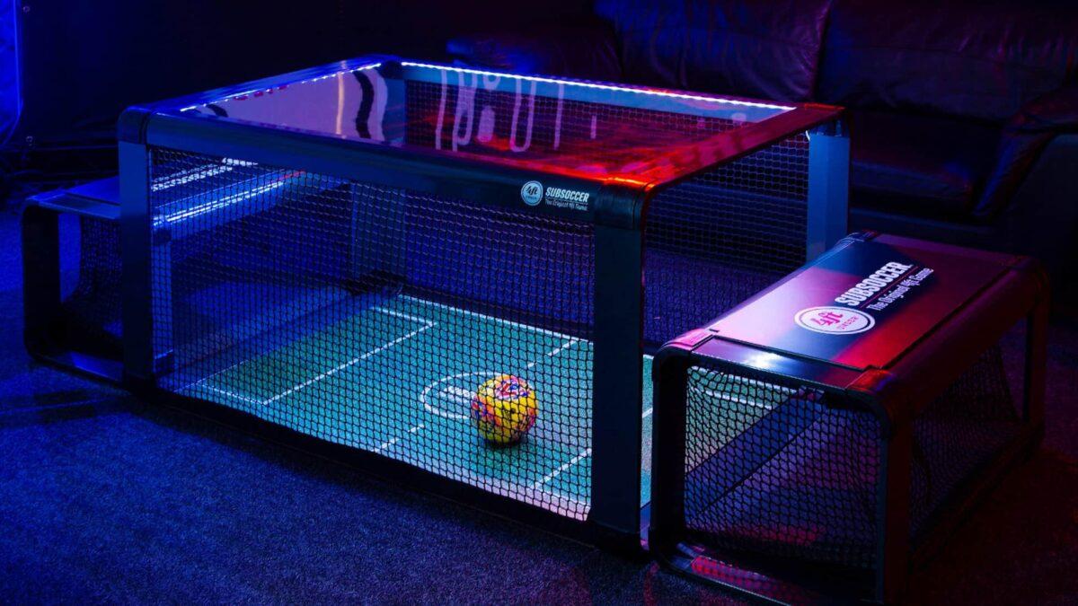 Subsoccer donkere kamer tafelvoetbal met doeltjes en bal