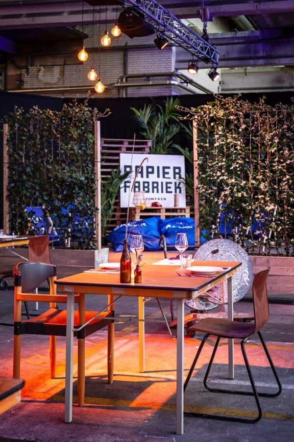 Tafel voor diner bij Papierfabriek Nijmegen