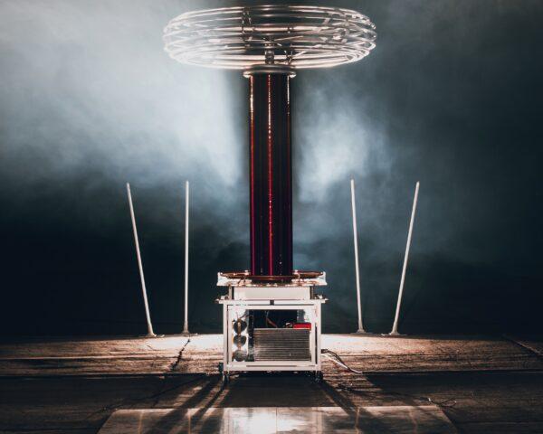 Electriciteitsopwekker tijdens Tesla event