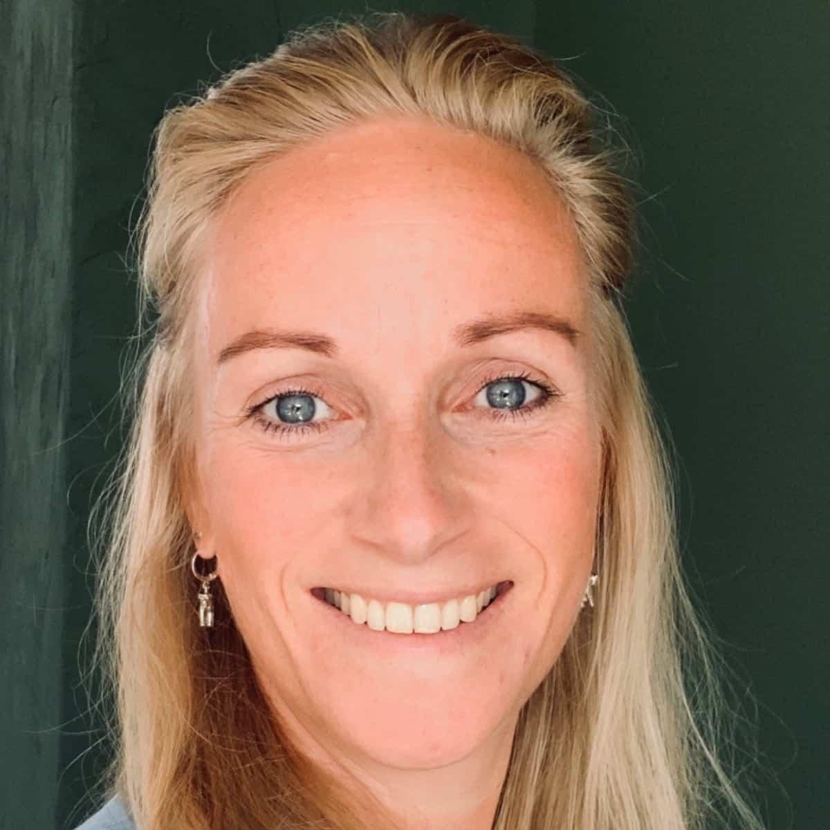 Pasfoto Monique de Jong Salesforce