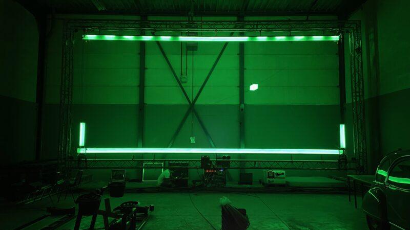 Scherm met ledverlichting tijdens spelletje Digital_Physical_Pong