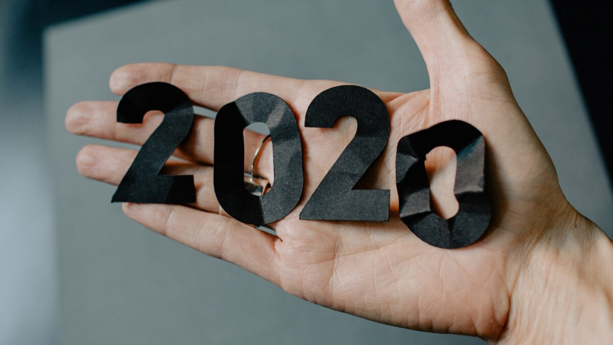 2020 in hand