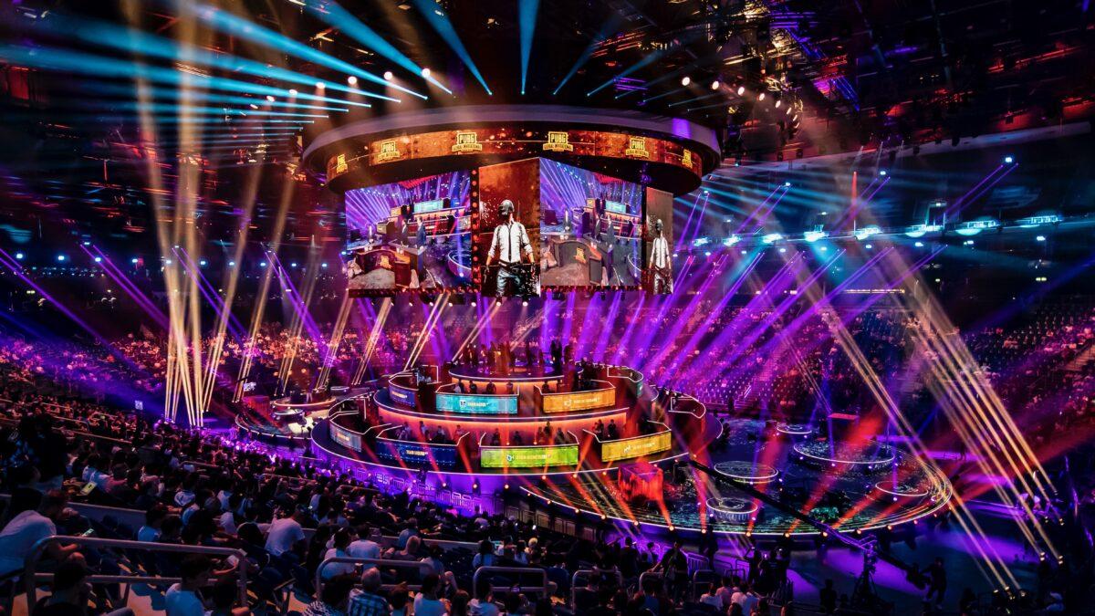 Esports toernooi in stadion PUBG_2018_Livelegends (foto-Nico Alsemgeest)
