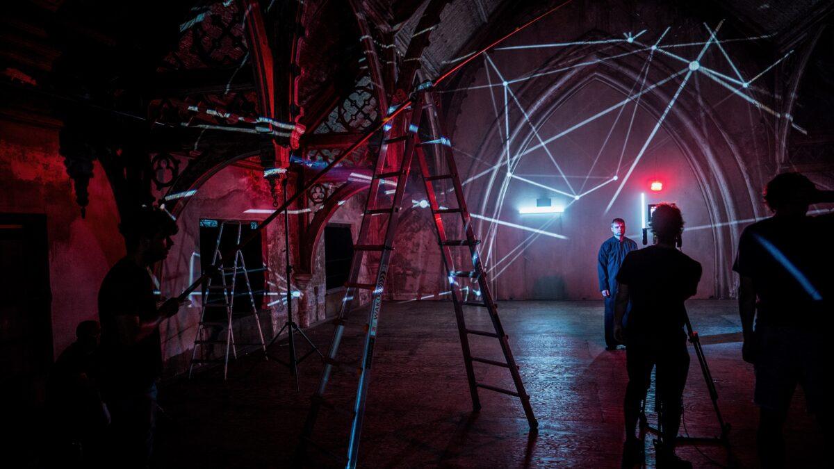 Qlimax opnames in kerk met lasershow