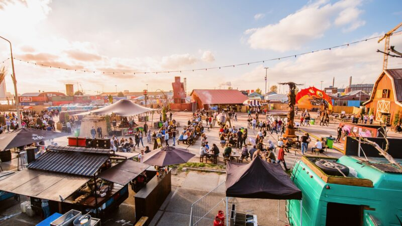 ADE-festivalterrein-in-Amsterdam-(foto-Niels-de-Vries)
