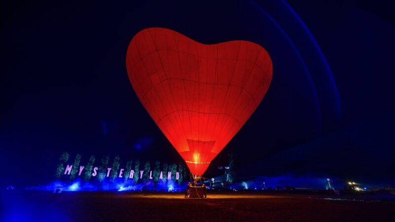ID&T Mysteryland Rode Hart luchtballon