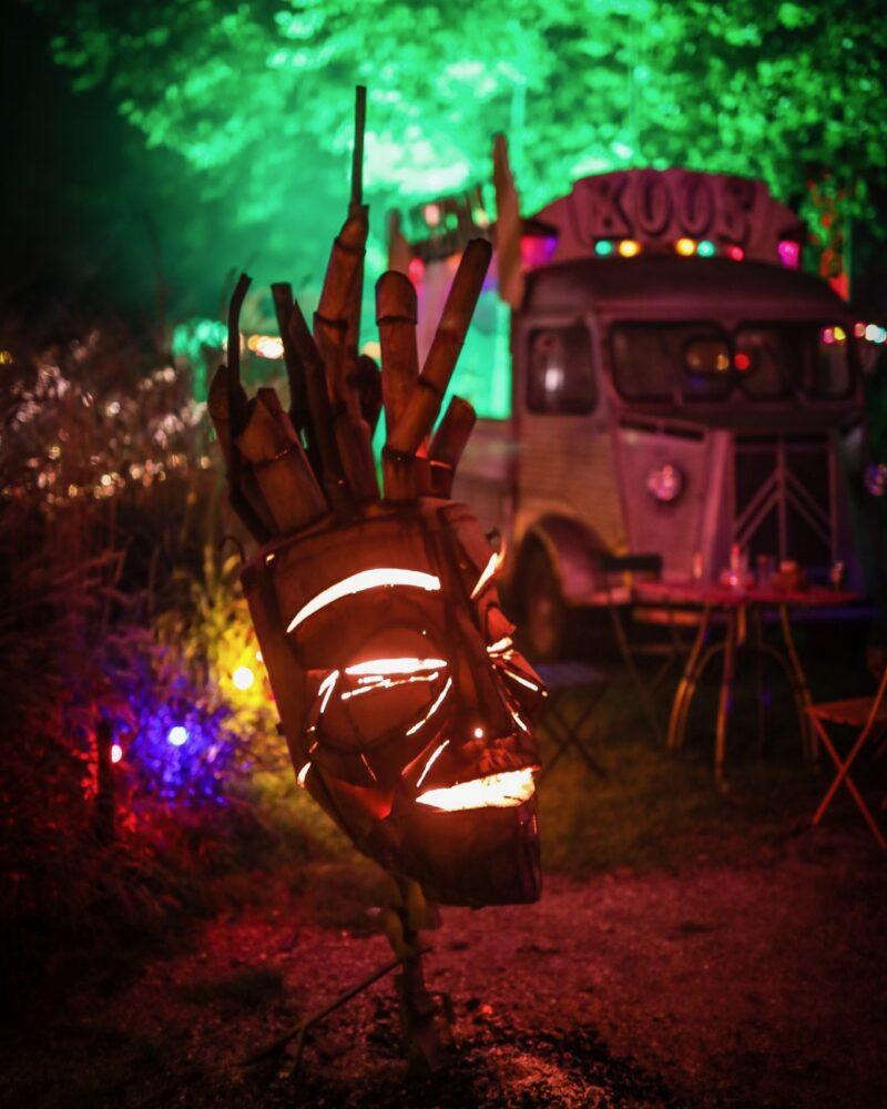 Scrap Design kachel in vormen van masker voor op festivals en events