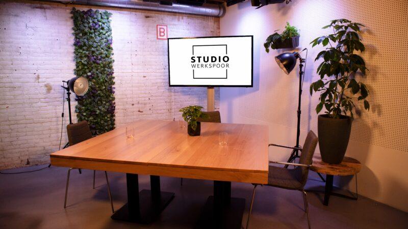 Sprekershuys Studio Werkspoor Setting-tafel