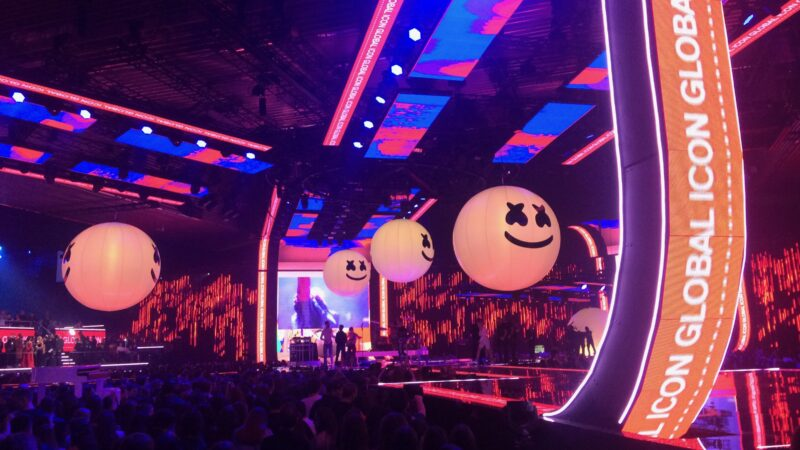 MTV awards Bilbao decor mer lampen van smileys - Unbranded