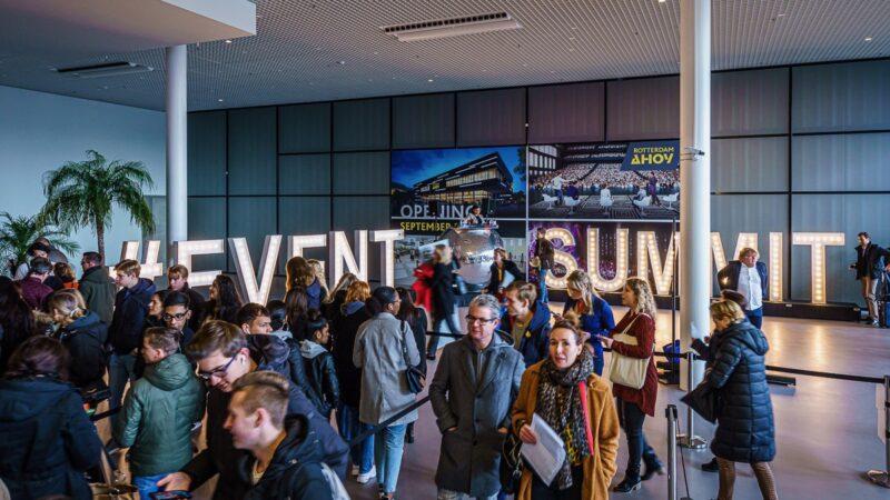 Registratie-bij-EventSummit-in-Rotterdam-Ahoy-foto-Tychos-Eye