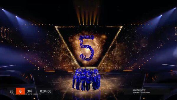 Mark Pos human countdown tijdens Eurovision Songcontest