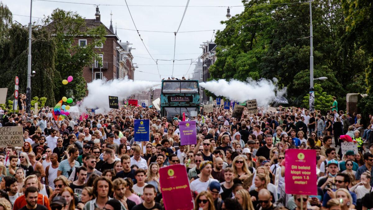 UNMUTE US protestmars Amsterdam- foto Kirsten van Santen
