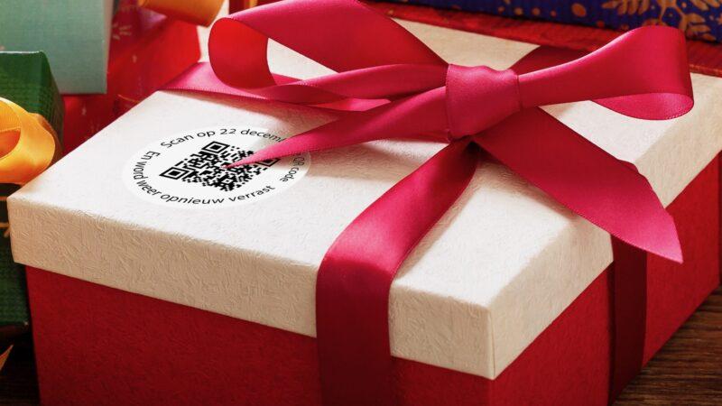 Eventz - Kerst Carrousel QR code op een kado